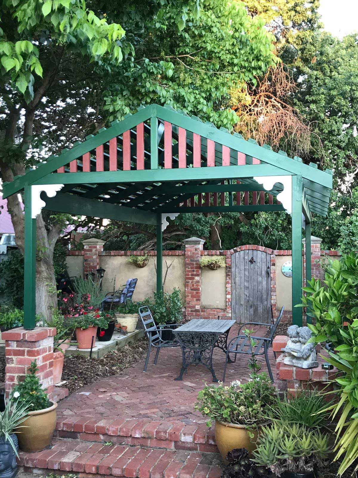 Chic Green & Brown Garden Pergola - Perth